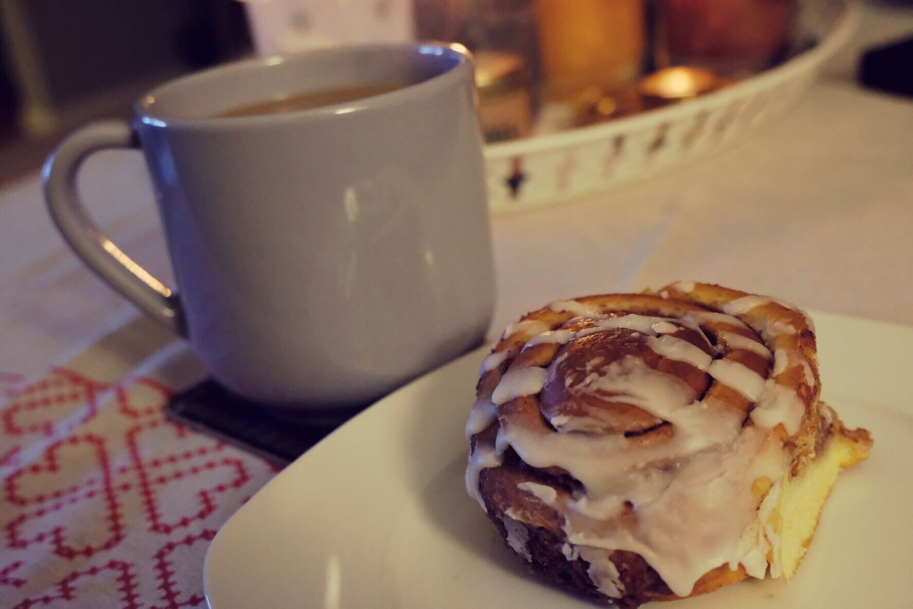 Fika coffee and cinnamon bun