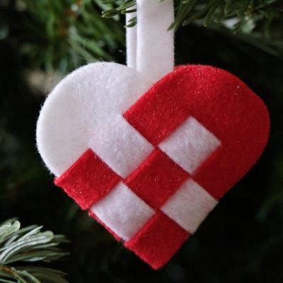 Nordic Woven Heart